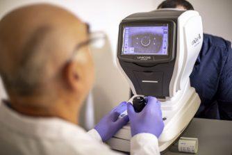 oftalmolog proverka zreniya-min